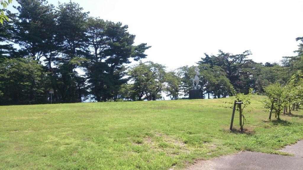 秋葉山公園広場