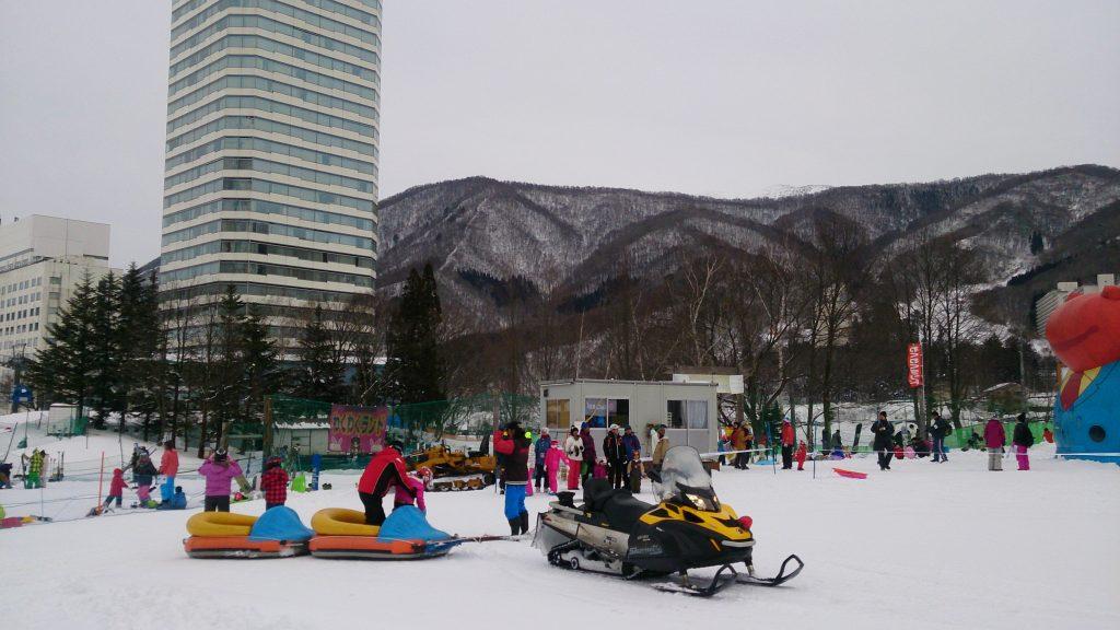 苗場スキー場スノートレイン